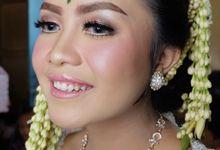 Wedding Tiara by Elsa Novianti Makeup