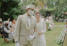The Intimate Wedding Of Bunga & Mario by Armadani Organizer