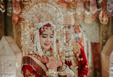 The Wedding of Mentari & Muarif by Onamore Photo