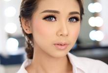 Prewedding makeup class by Silvia Jonathan