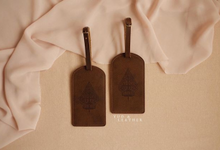 Adhy & Diana Luggage Tag by Yuo And Leather
