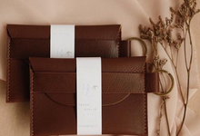 Yance and Evelyn Card Holder by Yuo And Leather