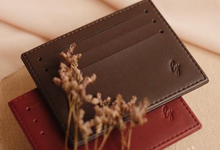 Kevin and Claudia Card Holder Slip by Yuo And Leather
