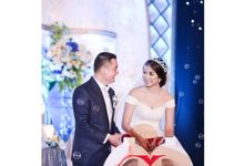Mr. Fhery & Mrs. Fenny by Ventlee Groom Centre
