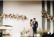 Mr. Robert & Mrs. Melissa by Ventlee Groom Centre