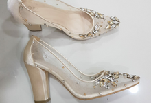Pearly shoes by EL JOFA