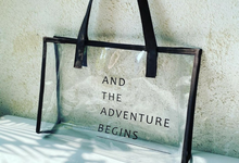 Glowing bag by Ayesa custom invitation & souvenir