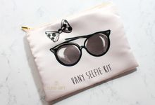 Selfie / Make Up Pouch by Eline Gift