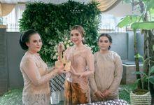 PROSESI SIRAMAN- ANDINI by Clara Wedding by Wedding Market