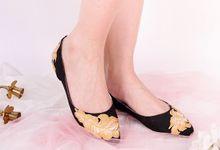 Sepatu Flats Lukis Feathers Hitam by SLIGHT SHOES OFFICIAL SHOP