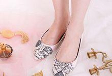 Sepatu Flats Lukis Vintage Letter Krem by SLIGHT SHOES OFFICIAL SHOP