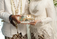 The Wedding of Husna & Ihsan by Seserahan by Azalia Projects