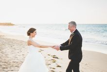 Romantic destination wedding on the beach by Weddings by AMR