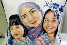 Hand painting custom pillow by Seya Artwork