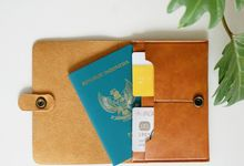 PASSPORT CASE by Signore Gift