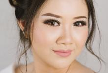 Wedding Makeup for Ms Chyntia by Silvia Dwita Makeup Artist