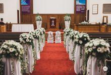 WEDDING DAY PHOTOGRAPHY - PRISKA & FERDIAN by Knotties Frame