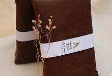 Jaya And Angela Wedding Gift by Yuo And Leather