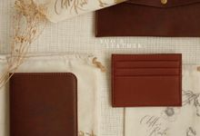 Cliff And Roula Wedding Gift by Yuo And Leather