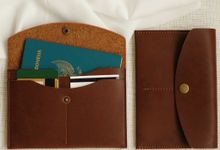 Giovanni And Ivana Wedding Gift by Yuo And Leather