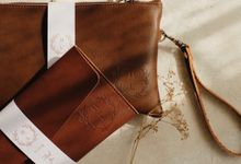 Henson And Lenny Wedding Gift by Yuo And Leather