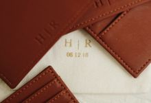 Hari And Ribka Card Holder by Yuo And Leather