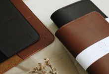 Ronny Mitzi Passport Case by Yuo And Leather