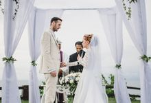 The weddng of trevor & Fifi by Miracle Wedding Bali