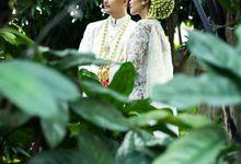 Satrio & Putri Wedding by SVARNA by IKAT Indonesia Didiet Maulana