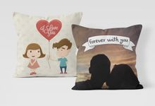Couple Custom Pillow by Hakuna Pillow Custom