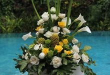 Standing Flower by Bali Tropical Florist