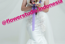 Dried Flowers Bouquet by Flower Studio Indonesia