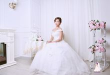 Studio Pre-wedding Bridal Photography by Makeupwifstyle