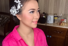 Makeup n hair do for Mrs Widya by Sweetie bridal
