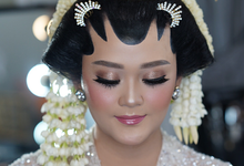 Putri's Akad  by Switha Plays Makeup