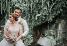 The Wedding of Tommy & Jenna by Bali Yes Florist