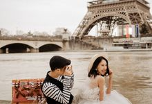 Pre-wedding in Paris by Through The Glass Paris