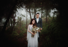 Sisca and Jun by Tabitaphotoworks