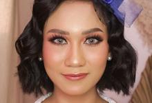 Classy Bride by Tari Yuliana Makeup Hair