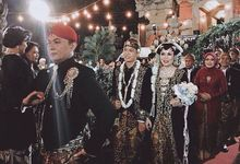 Tyas And Tasya's Wedding by Seserahan by Rose Arbor