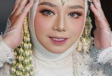 WEDDING MAKEUP & GALLERY by Tenni Yutanti Wedding Gallery