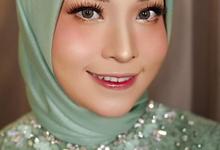 Regular Makeup  by Tenni Yutanti Wedding Gallery