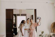 Thai & Chris Wedding at Villa Anugrah by AKSA Creative