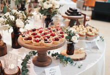 Enchanted Garden  by The Dessert Party