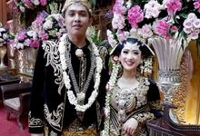 Gedung Pewayangan TMII (Apik & Dipta Wedding) by The Red Carpet Entertainment