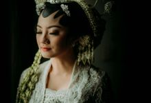 Intimate Wedding Javanese Couple Fasya Selo by theSerenade Organizer