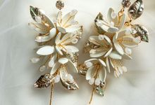 Wedding bridal earrings by Thea Wedding Event Decor