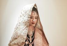 Kemegahan Resepsi Pernikahan Bernuansa Minang by theSerenade Organizer