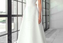 Classic A-line silhouette Dinisia wedding dress by DevotionDresses