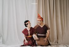 Prewedding Photoshoot Sabar & Tiara by Nike Makeup & Hairdo